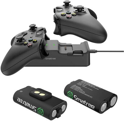 3. Smatree Controller Charger with a Rechargeable Battery